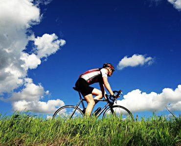 スポーツバイクの中でなぜロードバイクを選ぶのか